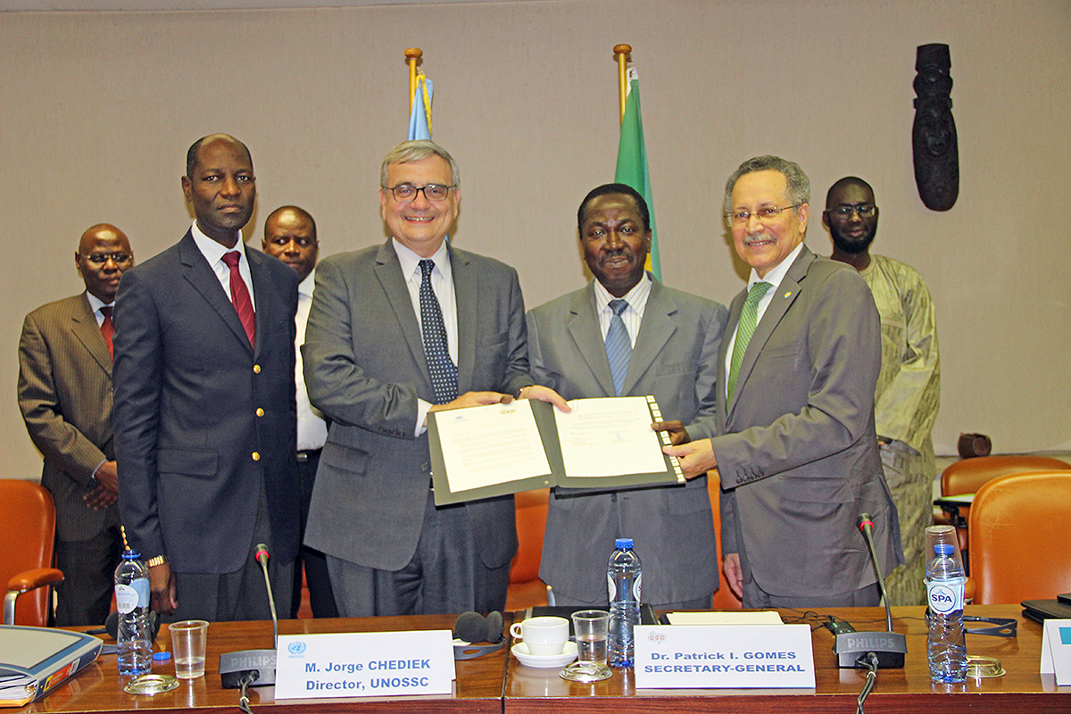 Signing ceremony for exchange of letters between UNOSSC and ACP Secretariat.