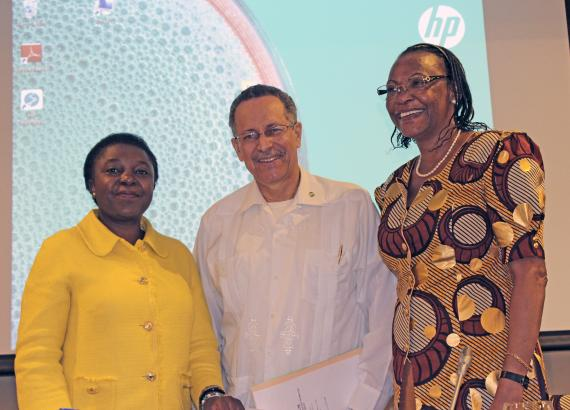 MEP Kashetu Kyenge (Italy) and MP Ana Rita Sithole (Mozambique) with ACP Secretary General at the ACP-EU JPA Women's Forum